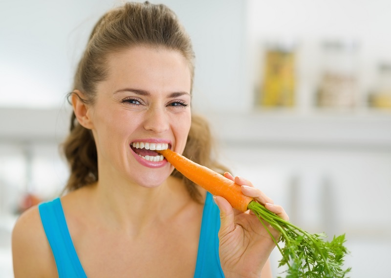 celery and carrot for white teeth