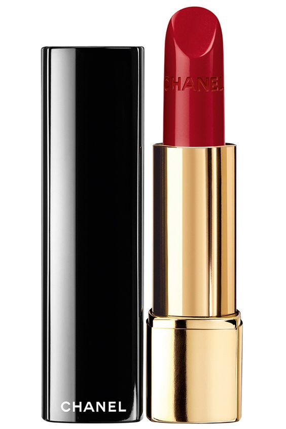 chanel red lipstick classic