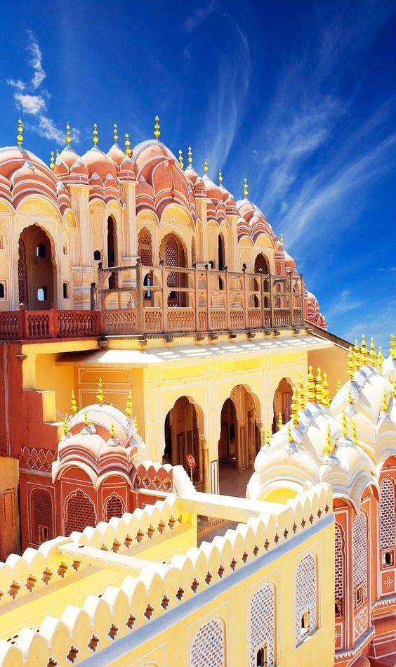 hawa mahal jaipur india one of the most beautiful places in the world
