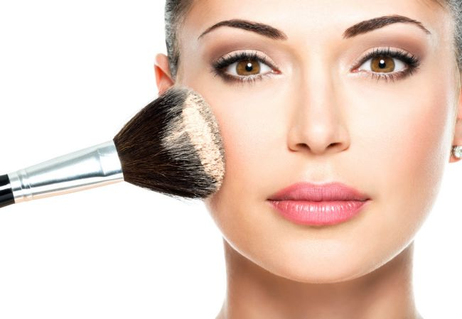 how to wear face powder tip