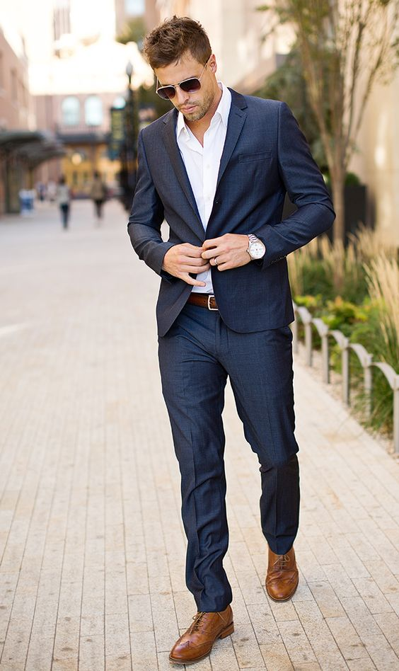 Man Navy Blue Suit #fashion #suit #trendypins
