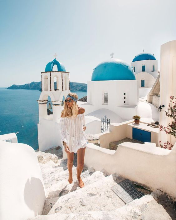 oia santorini greece one of the most beautiful places in the world