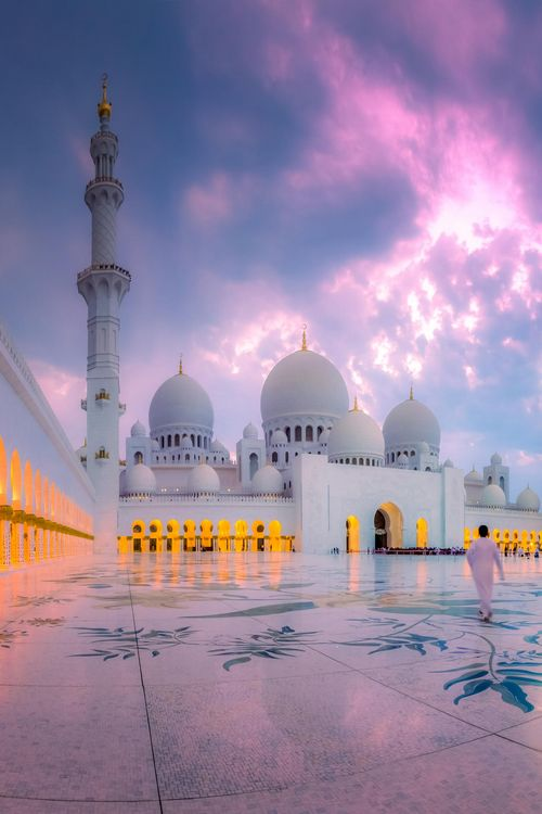 sheikh zayed grand mosque abu dhabi uae one of the most beautiful places in the world