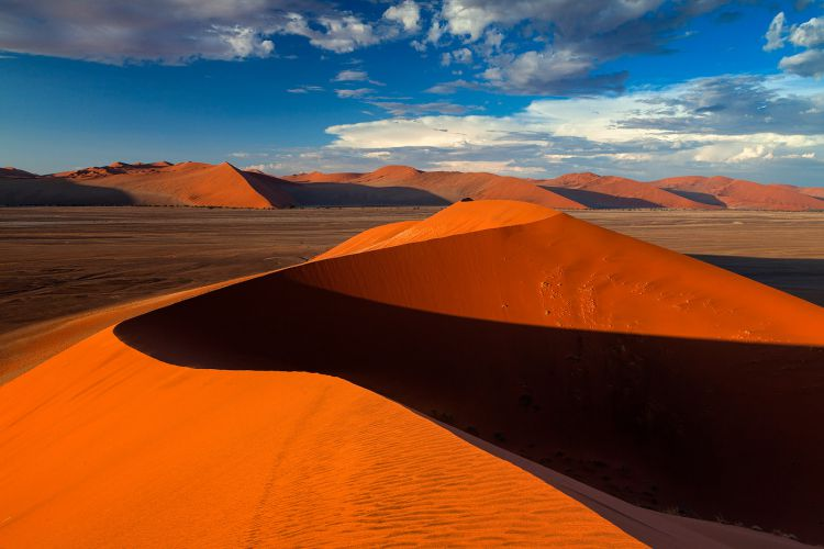 sossusvlei namibia one of the most beautiful places in the world