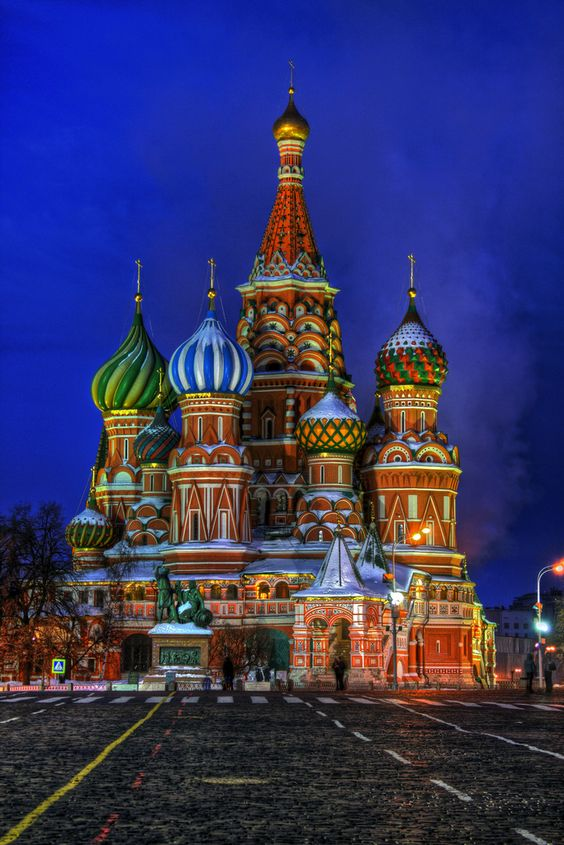 st basils cathedral moscow one of the most beautiful places in the world