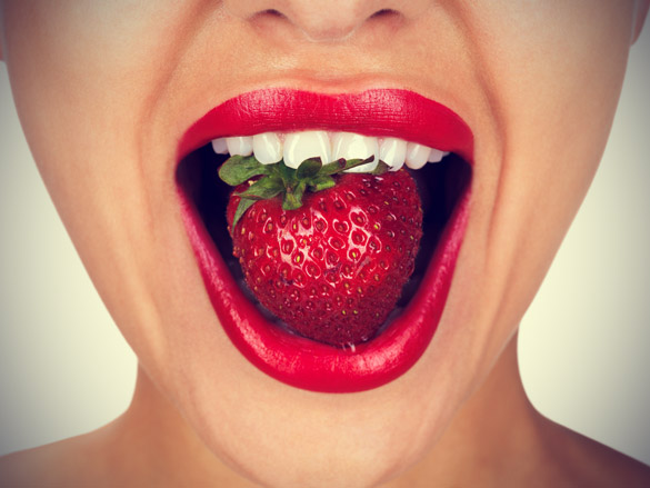 strawberries for whiter teeth