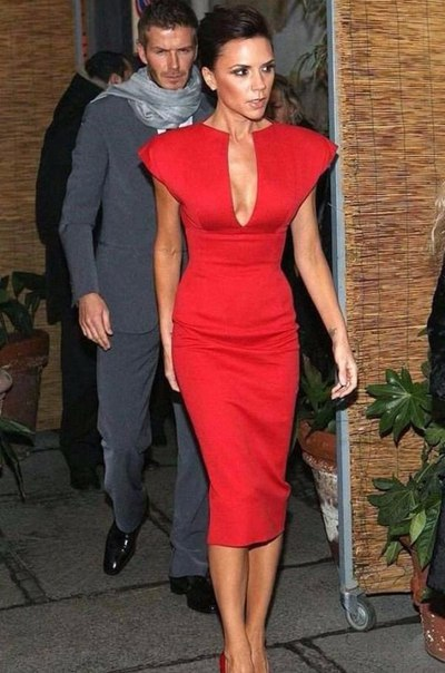 stunning victoria beckham all red outfit