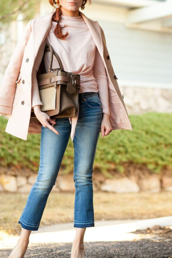stylish kickflare jeans outfit idea