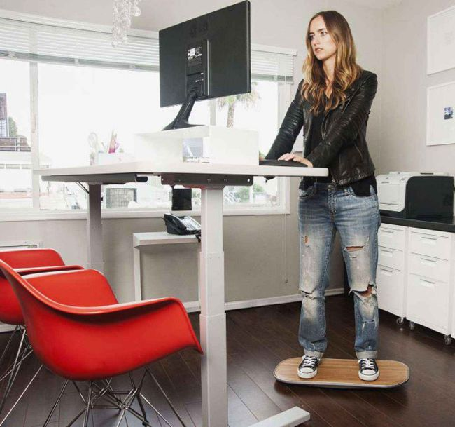 switch to a stand up desk weight loss tip #healthy living #weight loss #trendypins