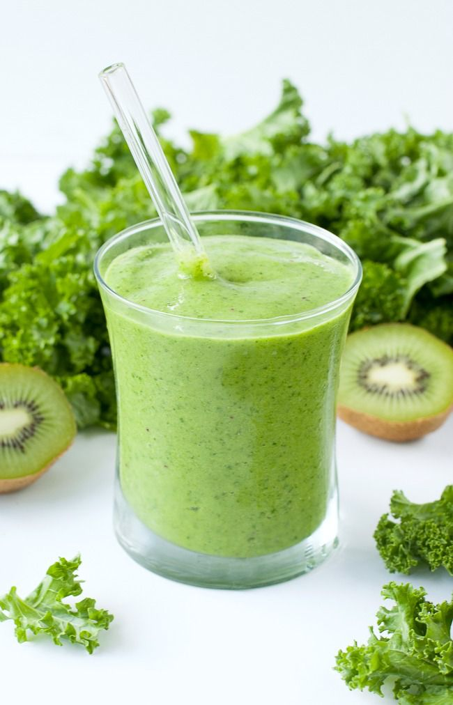 tropical mango kale smoothie for breakfast #healthy living #healthy food #beauty #trendypins
