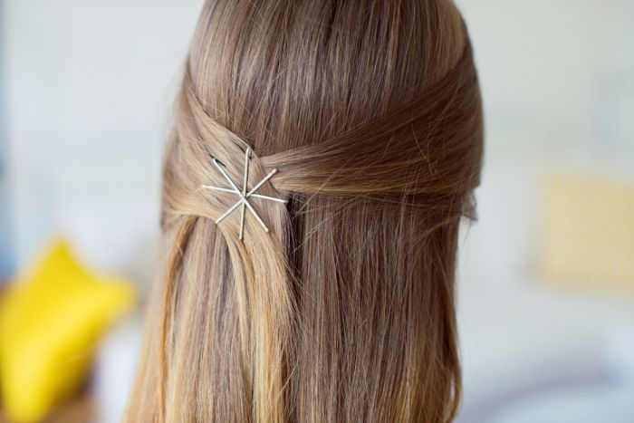 use bobby pins with the wavy side down best hairstyle tip