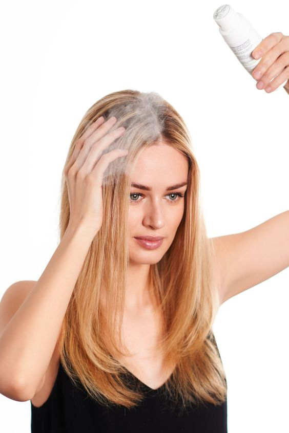 use dry shampoo to camouflage hair roots best hairstyle tip