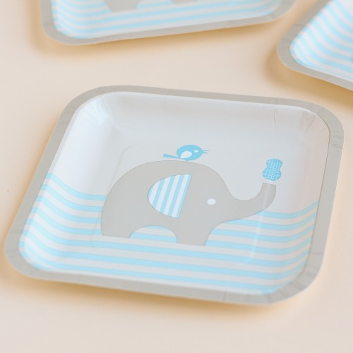 Party Plates with elephant for boys