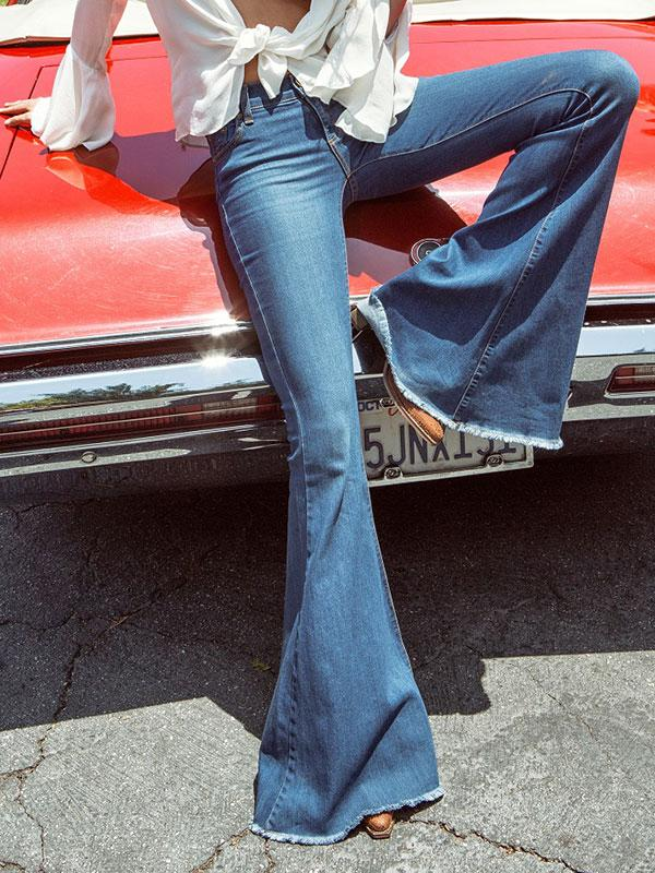 Bell bottoms jeans with white blouse outfits #bellbottoms #pants #fashion #trendypins