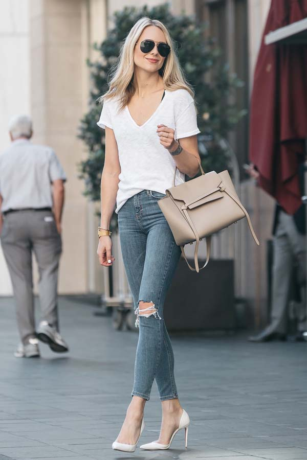 Blue jeans with white blouse #bluejeans #pants #jeans #trendypins