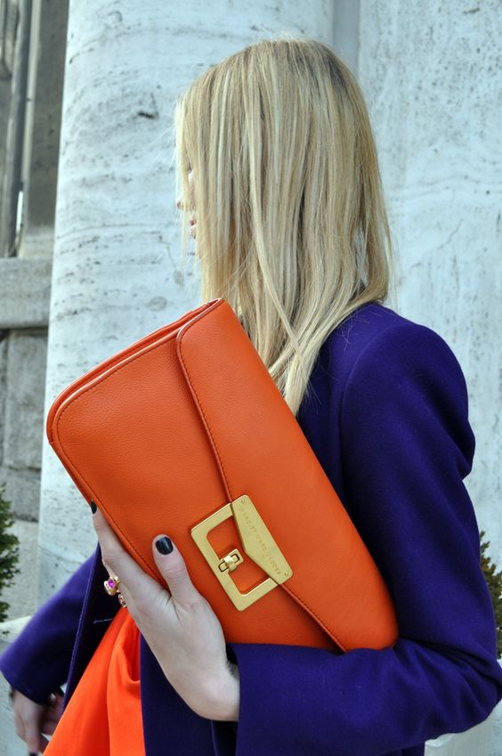 Day clutch orange leather #purses #fashion #trendypins