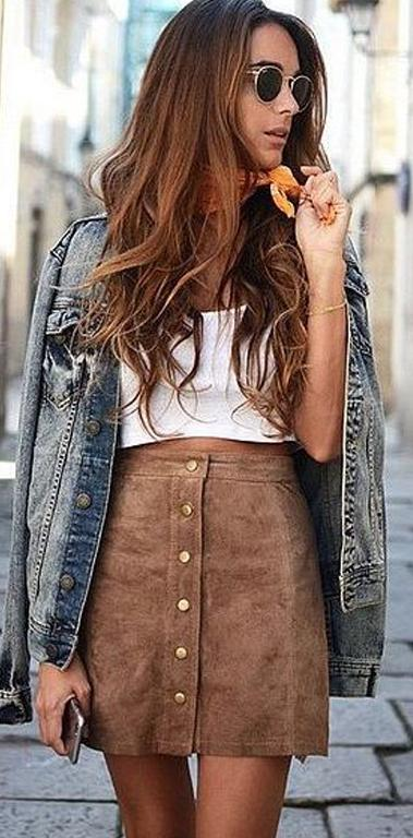 Button-Up suede mini skirt #skirt #fashion #trendypins