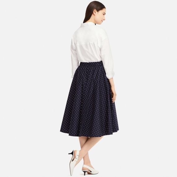 A high-waisted circle skirt finished with a polka dot pattern. - Stretchy waistband for a sleek look and comfortable fit. #skirt #fashion #trendypins