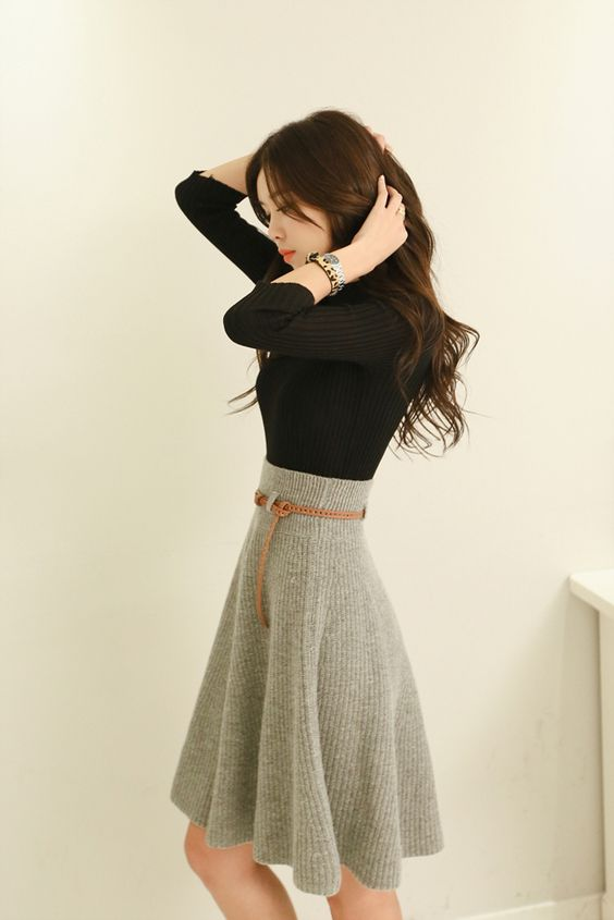 High waisted skirt #skirt #fashion #trendypins