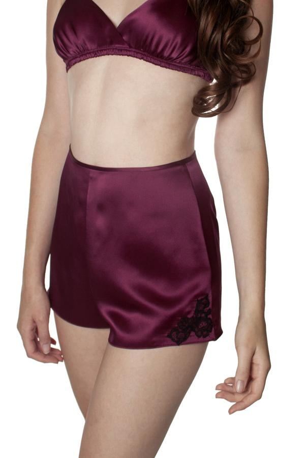 These wine red silk tap pants are a delight to wear, whether as sleep shorts or for relaxation or a nice long stretch on the weekend! #tap pants #panties #fashion #trendypins