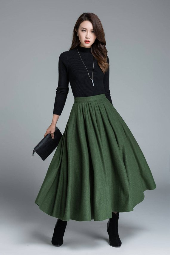 green wool skirt, winter skirt, pleated skirt, full skirt, skirt with pockets, maxi skirt, custom made, womens skirts #skirt #fashion #trendypins