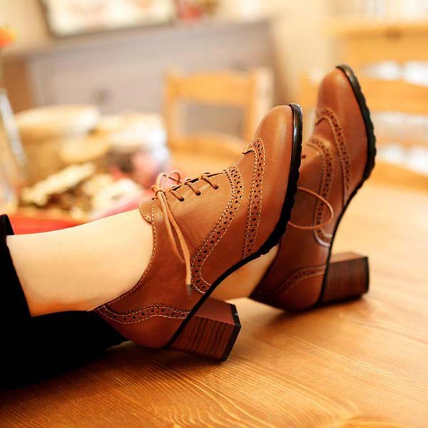 British Style Carved Classy Lace up Oxford Shoes #heels #fashion #trendypins