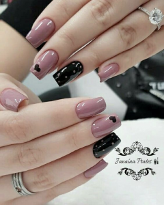 Black rose color Valenyine's design art nails