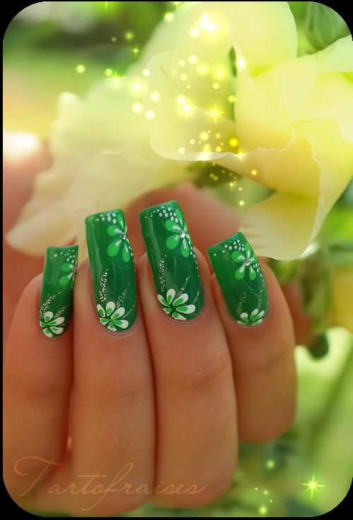 Shaded Green With Florals #St. Patrick's Day nails #nails #beauty #trendypins