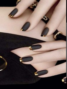 French manicure black gold