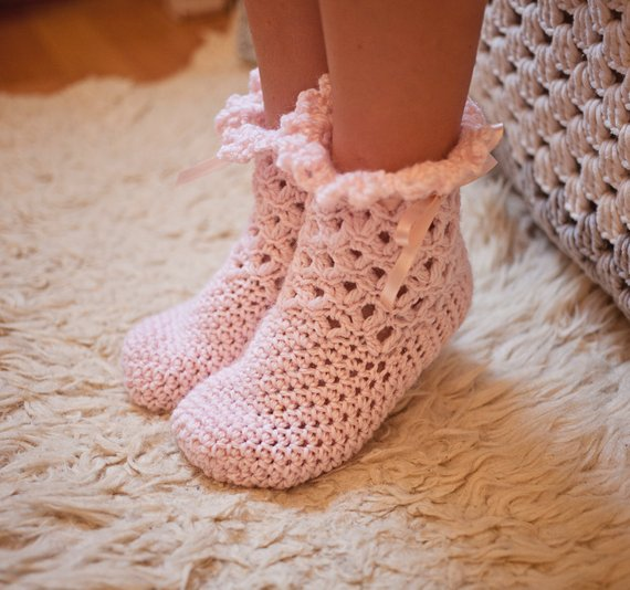 Crochet PATTERN - Lace Frill Socks #Frill Socks #socks #fashion #trendypins
