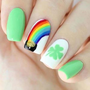 Fun and cute St Patrick's Day nail design