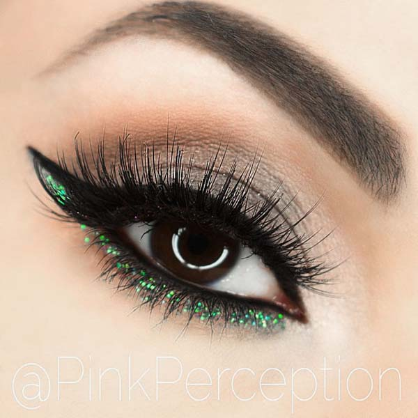 St. Patrick's Day makeup green & smokey eye makeup #beauty #makeup #St. Patrick's Day makeup #trendypins