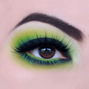 St. Patrick's Day makeup black and green look