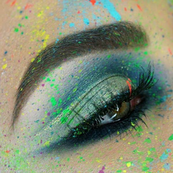 St. Patrick's Day makeup arty rainbow splat #beauty #makeup #St. Patrick's Day makeup #trendypins