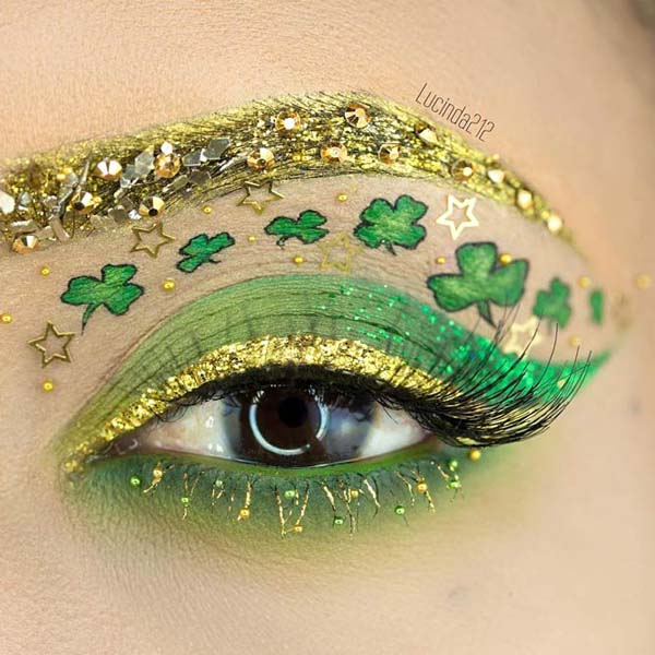 St. Patrick's Day makeup gold eyeliner #beauty #makeup #St. Patrick's Day makeup #trendypins