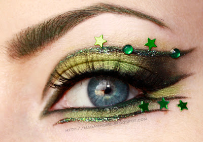 St. Patrick's Day Makeup Green With Stars #beauty #makeup #St. Patrick's Day makeup #trendypins