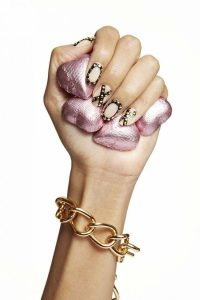 Valentine's day design nails gold xo-xo