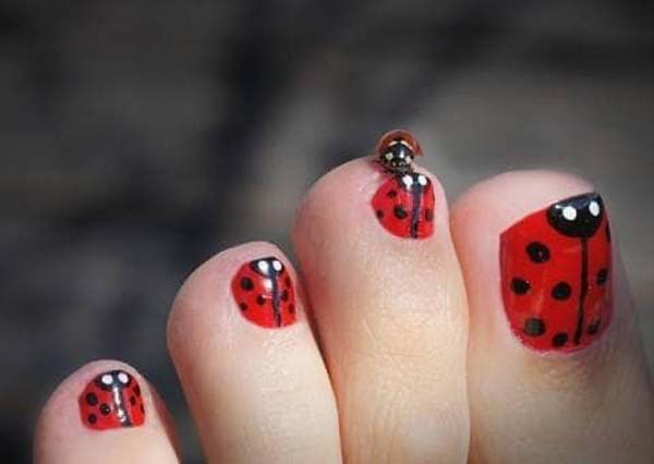 Lady Bug Romantic Toes #toe nail art #nails #beauty #trendypins