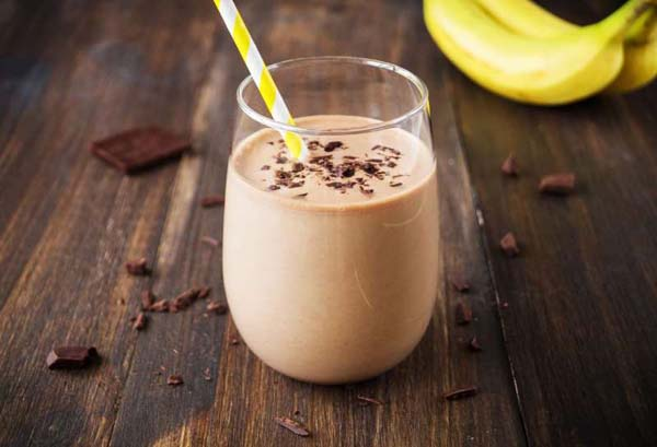 Banana, Almond, And Dark Chocolate Smoothie #smoothies #healthy living #healthy smoothies #trendypins