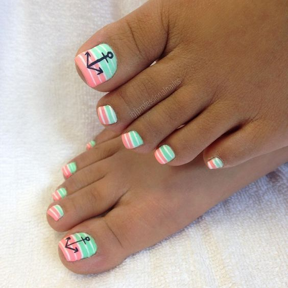 Beach Toe Nails With Anchor #nails #beauty #trendypins