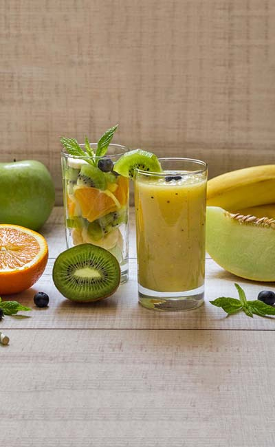 Kiwi, Apricot, And Muskmelon Smoothie #smoothies #healthy living #healthy smoothies #trendypins