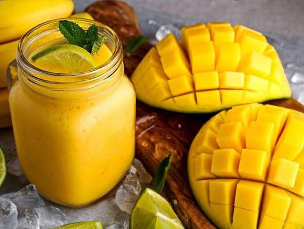 Mango, Yogurt, And Nutmeg Smoothie #smoothies #healthy living #healthy smoothies #trendypins
