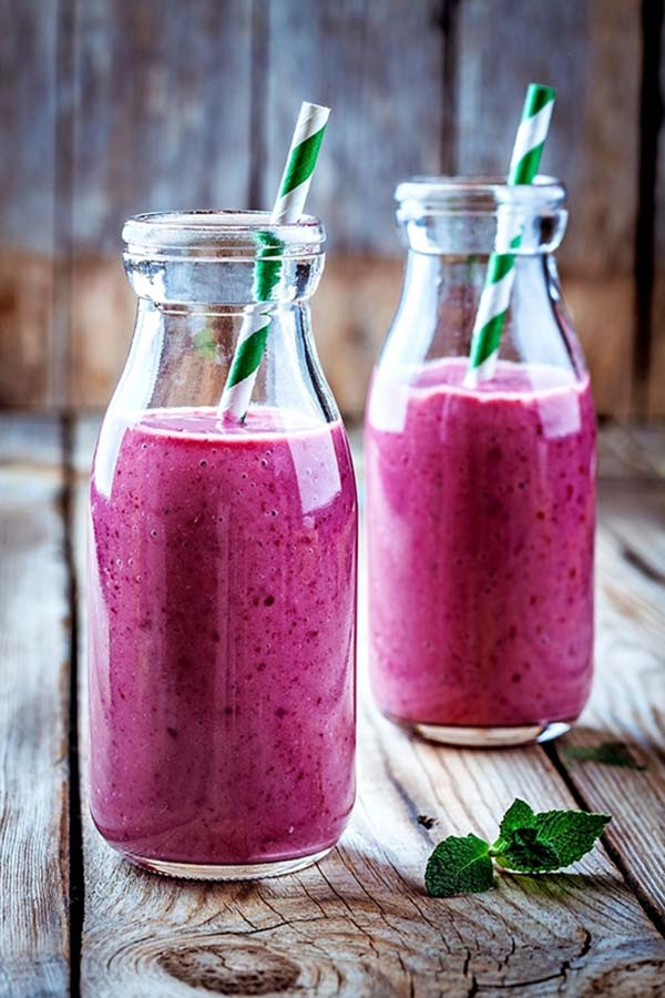 Strawberry, Black Grape, And Ginger Smoothie #smoothies #healthy living #healthy smoothies #trendypins