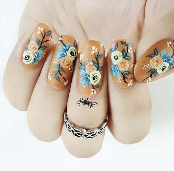 Fall Nails Art Design With Flowers #nails #fall nails #beauty #trendypins