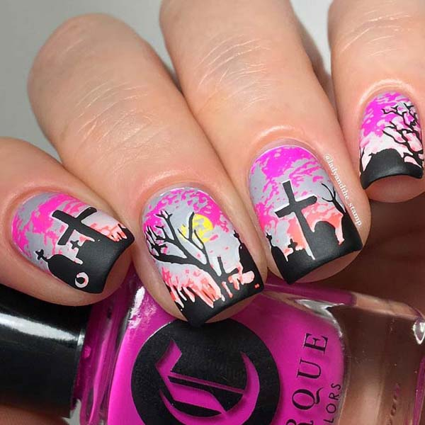 Pink Mood at a Halloween Party #nails #Halloween nails #trendypins