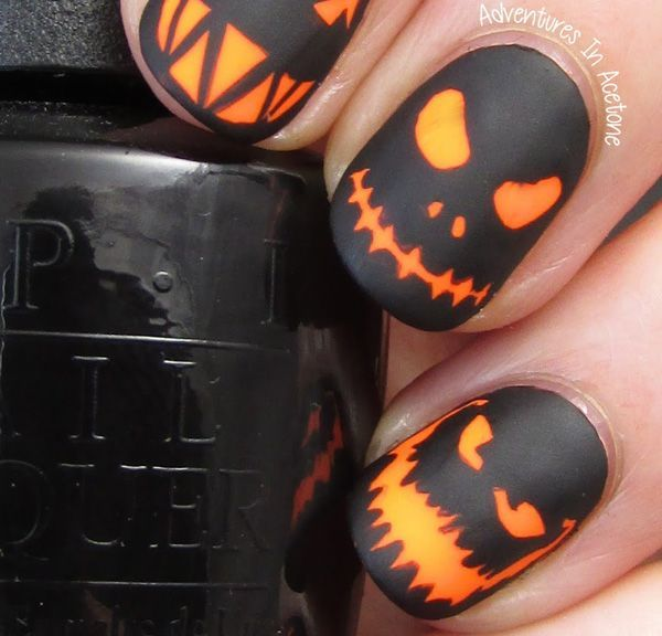 Pumpkin Smile on a Matte Black Base Halloween Art Nails Design #nails #Halloween nails #trendypins