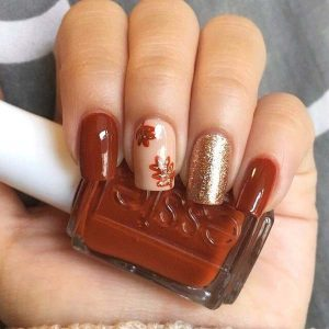 Fall Nail Design With Glitter Accent