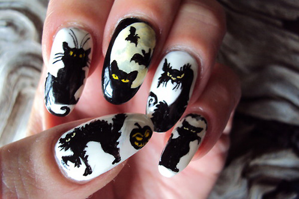 Black Cat Halloween Nail Design #nails #Halloween nails #trendypins