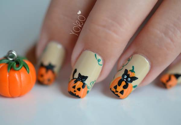 Black Cat Halloween Nails #Halloween #nails #trendypins