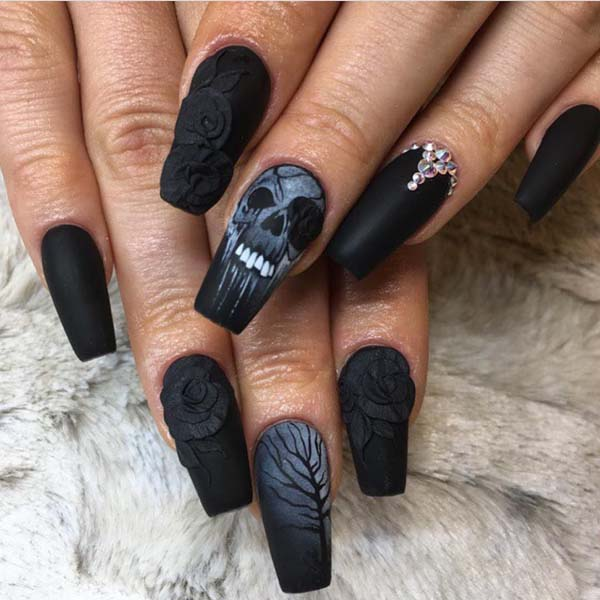 Matte Pinterest Halloween Nails #nails #Halloween nails #trendypins